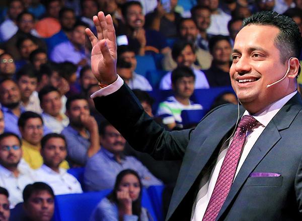 Bada Business 'Retail Ka Mahakumbh Event' 2020: विश्व के सबसे बड़े ऑनलाइन वेबिनार में Dr Vivek Bindra से सीखे रिटेल के गुण, 27 सितंबर को दोपहर 12 बजे ऐसे देखें लाइव