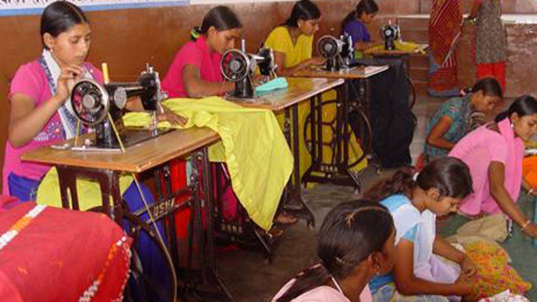 PM Silai Machine Yojana: महिलाएं घर बैठे सरकार की मदद से कर सकेंगी अच्छी कमाई, जानें कैसे करें आवेदन