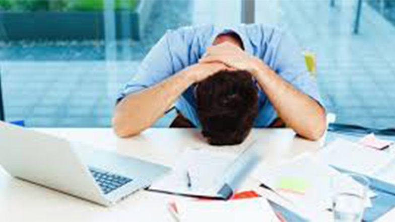 Business Tips: नौकरी छोड़कर शुरू करना चाहते हैं अपना स्टार्टअप तो इन बातों को ना करें नजरअंदाज