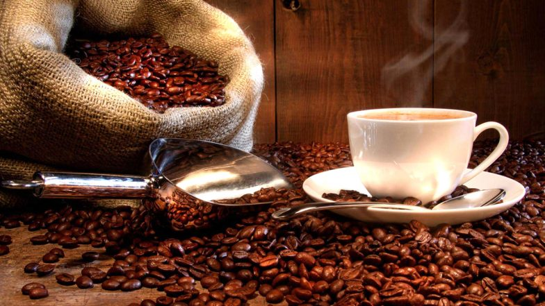 खुद की कॉफी शॉप से कमाएं अच्छा प्रॉफिट, सक्सेस के लिए फॉलो करें ये टिप्स