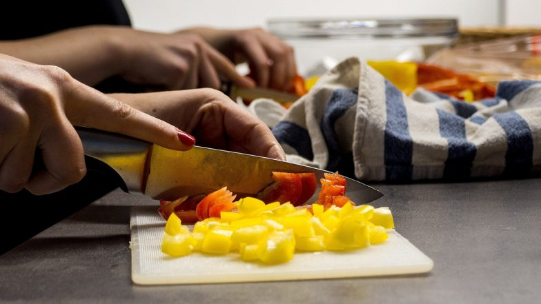 कम निवेश में अपने किचन से शुरू करें लो रिस्क वाले ये बिजनेस, हर महीने होगी अच्छी कमाई