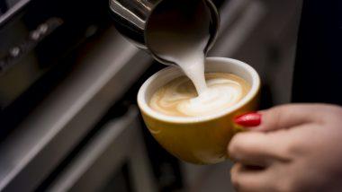 Coffee Shop Business: शानदार कमाई के लिए इस तरह शुरू करें कॉफी शॉप